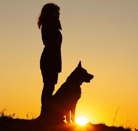 woman_dog